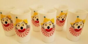 Set of 6  VINTAGE HAZEL ATLAS MILK GLASS CLOWN TUMBLERS *EXC