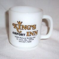 VINTAGE MILK GLASS KING'S AIRPORT INN ST LOUIS , MO COFFEE MUG HOTEL ADVERTISING