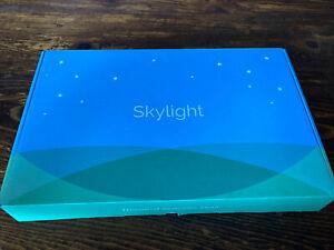 Skylight Frame 10 inch Wi-Fi Digital Picture Frame