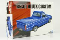 1978 Toyota Hilux Pick up RN30 cutom low rider Kit Bausatz 1:24 Aoshima