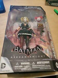 Batman Arkham Knight figurine. Harley Quinn #4.  Lifelike w/accesories.