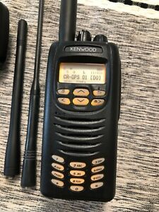 Kenwood NX200-K2 VHF 136-174Mhz NEXTEDGE w/accessories