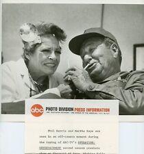 MARTHA RAYE PHIL HARRIS SMILING OPERATION ENTERTAINMENT ORIG 1968 ABC TV PHOTO