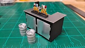 1/32 Scale Concession Stand Accessory Kit - Slot Car Scenery - Scalextric - SCX