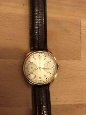 chronographe suisse vintage en Or 18k révisé