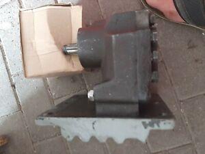 Famulus Hydraulikpumpe RT315 RT325 RS14/46