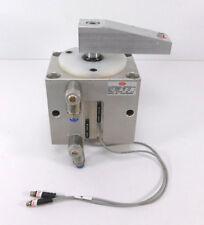 DESTACO 89B63-008-1LA Schwenkspanner mit Spannarm + 2 Sensoren | 10bar | 30 V
