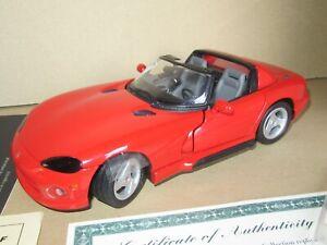 898Q 1994'S Revell No 8822 Dodge Viper RT/10 Roadster Rouge Neuf + Boite 1:20