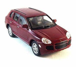 PORSCHE CAYENNE TURBO ,BORDEAUX WELLY 1/32 DIECAST CAR COLLECTORS MODEL , NEW