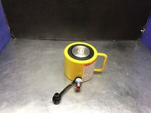 """Enerpac RCS1002, 2.25"""" Stroke Low Height Hydraulic Cylinder, 100 Ton Capacity"""