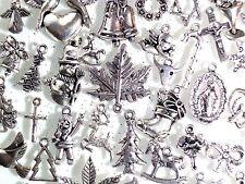 25 x Silver Tibetan CHRISTMAS Festive Charms Pendants Bracelets Jewellery Crafts