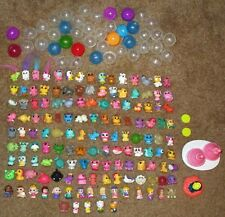 HUGE COLLECTION LOT OF 140 SQUINKIES + PLAY SETS + CONTAINERS HELLO KITTY + VGC