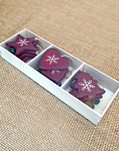 Box of 9 Shabby Chic Wooden Christmas Decorations