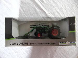 Universal Hobbies  Deutz-Fahr D 6005 2WD mit Frontlader UH5254 grün