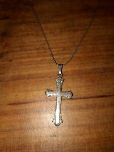 Wunderschöner Anhänger Kreuz Silber ? Mit Kette alt