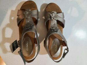 Thom Mcan shoes Wanda for women 8.5 Perfect condition!