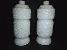 Pr Vtg Mid Century Modern Glossy White Ceramic Table Lamps Swirl Tiki Design