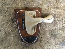 06 07 08 MERCEDES BENZ CLS CLS500 SHIFT BOOT W/WOOD SURROUND OEM LOT212
