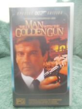 THE MAN WITH THE GOLDEN GUN-SPECIAL EDIT(No 16197SVP)VHS TAPE PG (LIKE NEW)