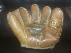 Vintage Bob Doerr Signed Baseball Glove Boston Red Sox 1940s
