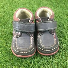 Girls Clarks First Shoes Size 4.5H Purple Leather Ankle Boots