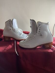 Riedell 1500 HLS Figure Skating Boots 7C/B
