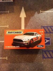 MATCHBOX 19 FORD MUSTANG COUPE POWER GRAB 1/64 DIECAST NEW