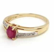 Solitaire with Accents Natural Yellow Gold Fine Rings