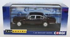 Modellini statici di auto, furgoni e camion Corgi per Jaguar