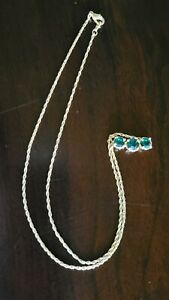 NATURAL GREEN EMERALD NECKLACE on Gold Chain ~Vintage
