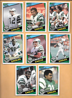 1984 TOPPS #333 MIKE QUICK ROOKIE & 3 1984 Eagles RCs. + 6 1984 FOOTBALL CARDS