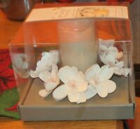 LAURA ASHLEY FLAMELESS LED CANDLE WITH FLOWER WREATH WITH BUILT IN 4 HOUR TIMER