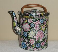 ANTIQUE CHINESE FAMILLE NOIRE TEAPOT, VERY GOOD