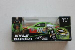 ACTION RACING COLLECTABLES--KYLE BUSCH  2015 LIMITED EDITION NEW HJ26