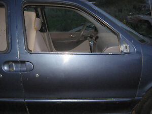 1997 Mercury VILLAGER Right front Door assembly