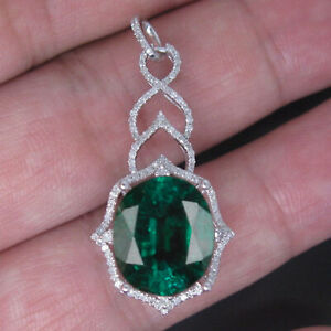 Oval Shape AA Natural Zambian Emerald 2.30 Carat Solitaire Pendant In 925 Silver