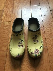 Laura Ashley Yellow Floral Garden Clogs - Size 6.5