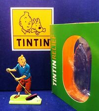 Figurine Métal Tintin au balai MOULINSART