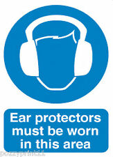 EAR PROTECTORS MUST BE WORN SIGN safety workplace builder construction corflute