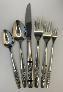 SET Service For 10 ONEIDA ROSE PENDANT DISTINCTION DELUXE HH STAINLESS FLATWARE