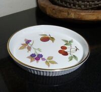 """Royal Worcester EVESHAM GOLD 7 1/8"""" Round Flan Dish Serving Tray Made in England"""