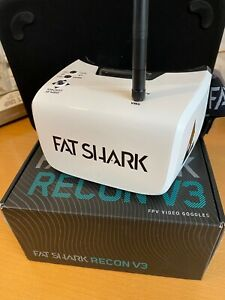Fat Shark Fatshark Recon V3 FPV Goggles + Battery