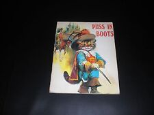 Puss in Boots Paraiso Collection book by Sandle's. PS.1002. ISBN 854130322.