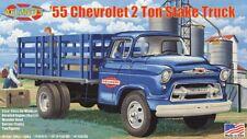 Atlantis 1955 Chevrolet 2 ton Stake Truck 1:48 scale model car kit 1401