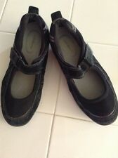 Croft & Barrow Womans Suede Mary Janes Size 8M