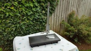"""mitutoyo height gauge 12"""" with Cast Iron Surface plate 18"""" x 8"""" good Condition"""