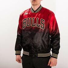 Mitchell & Ness NBA CNY Chicago Bulls Satin Jacket Active STJKBLCK-CBUNG182691