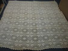 ANTIQUE HAND CROCHET BEDSPREAD with PINWHEEL FLOWER SCALLOP EDGE 92x96