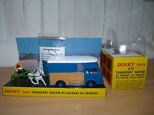 Saviem SB2 super goelette transport de chevaux - ref 571  de dinky toys atlas