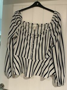 H And M Ladies Top Size Xl